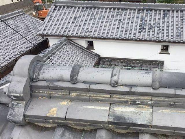 御所市の和風住宅の屋根の棟瓦