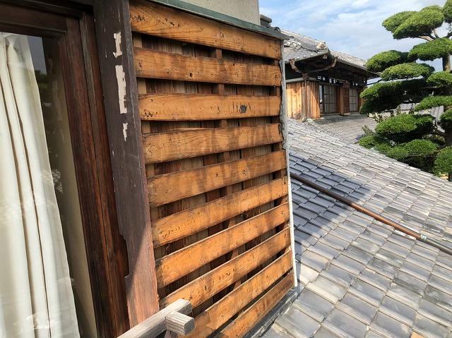 御所市の和風住宅のモルタルを剥がした外壁