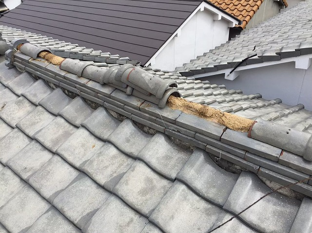 棟瓦の積み直し修繕