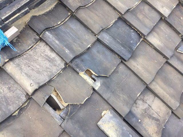 奈良市で台風の影響で瓦屋根が破損したため、破損箇所を補修工事