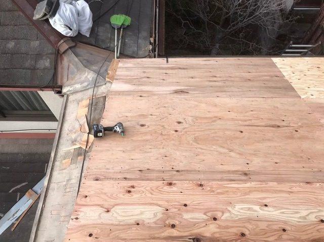 構造用合板を用いた増し張り