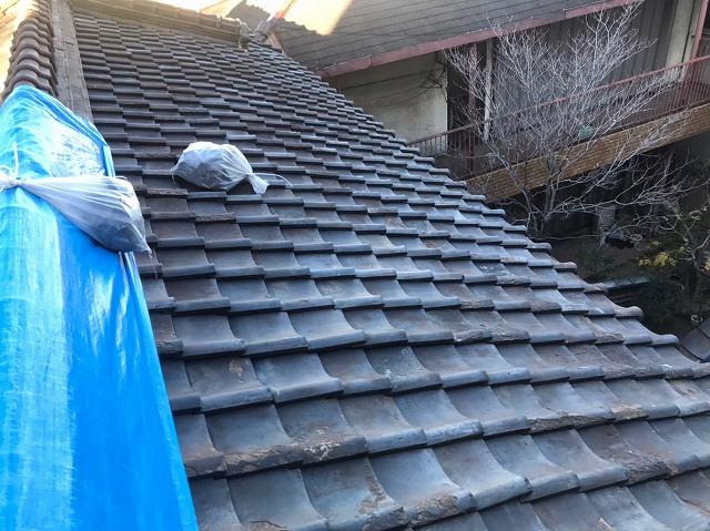 瓦屋根の経年劣化と小屋