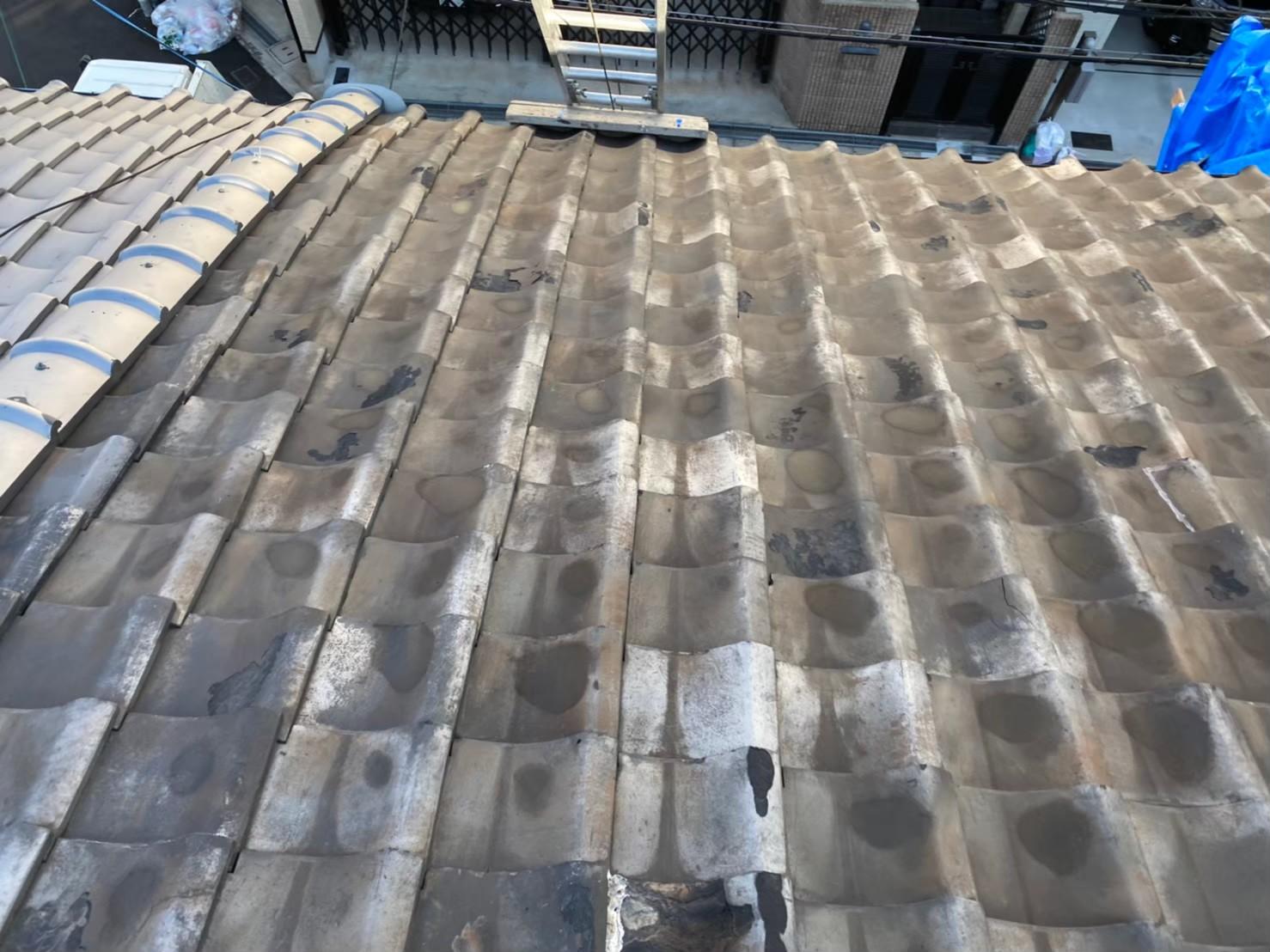 奈良市の和瓦屋根の長屋で無料点検