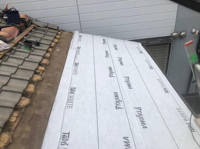 防水紙を軒先へ施工