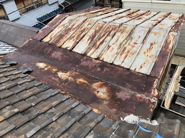 奈良市 雨漏りトタン屋根 施工前