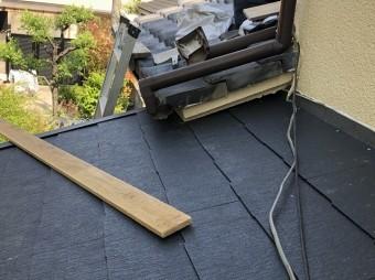 下屋の葺き替え工事完成