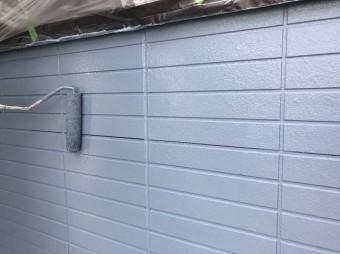 奈良市の住宅の外壁塗装上塗り