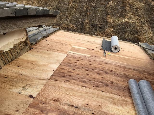 田原本町 下屋根 野地板設置