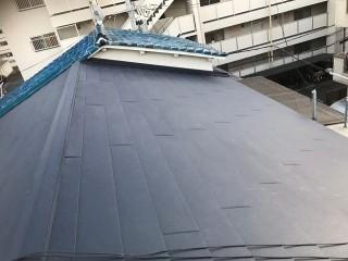 奈良市の長屋の屋根を『ガルテクト』へ葺き替え完成