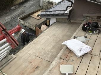 大和郡山市の釉薬瓦屋根の瓦撤去