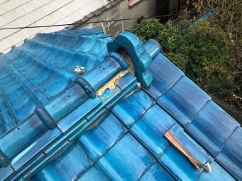 香芝市 青色釉薬瓦屋根 崩れた棟瓦