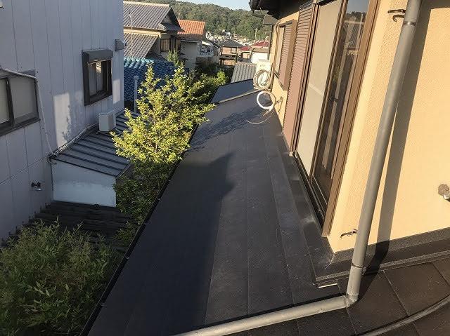 下屋根ガルテクト設置後