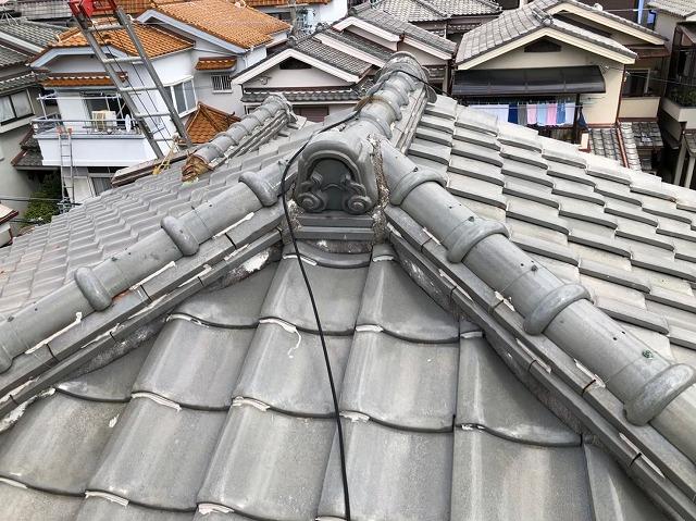 橿原市で大屋根の剥がれた漆喰