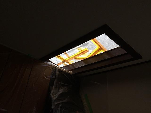 天窓ガラス破損
