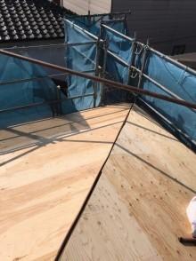 構造用合板で増し張りと足場