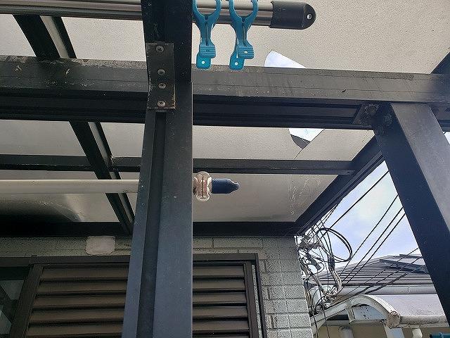 大和郡山市の割れたベランダ屋根の無料点検
