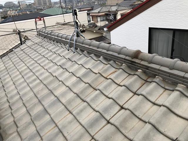 棟瓦の取り直しと漆喰