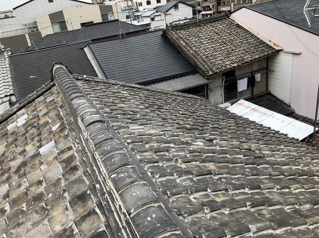 屋根現場確認の様子