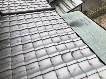 橿原市の和瓦屋根の割れた瓦差し替え