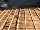バラ板の不陸調整と補強垂木