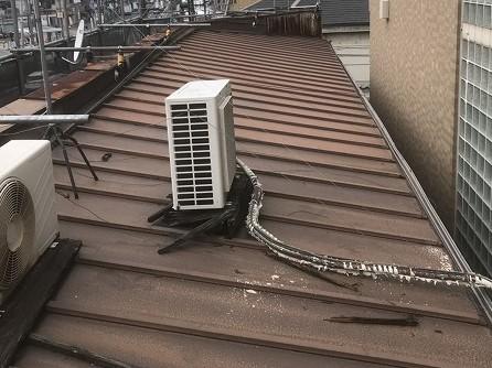 奈良市 店舗の屋根 瓦棒葺きトタン屋根