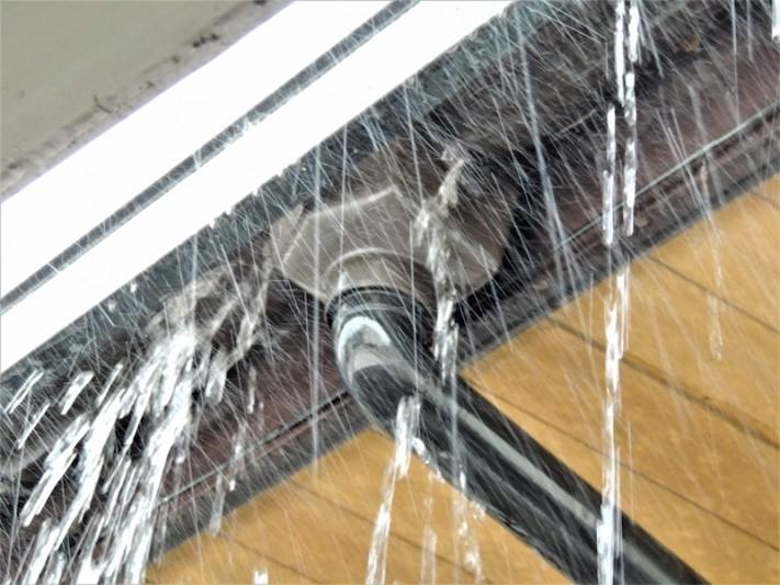 雨桶の雨漏り