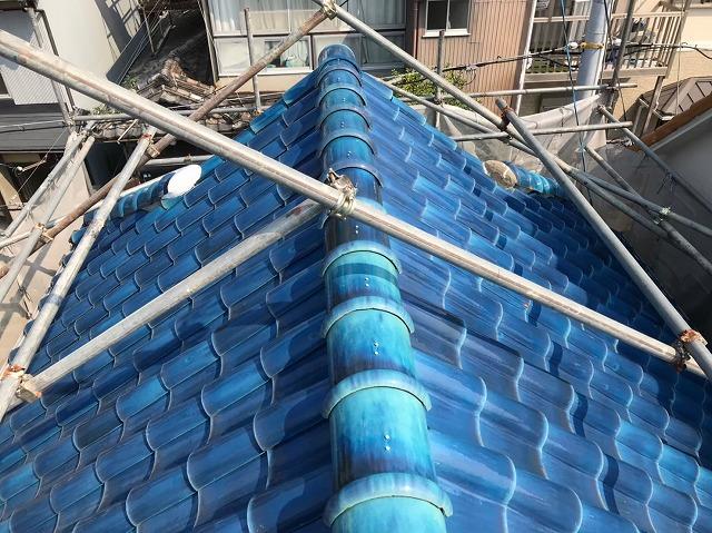 五條市の青色釉薬瓦屋根施工前