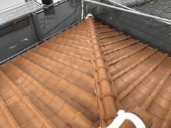 茶色の和瓦屋根