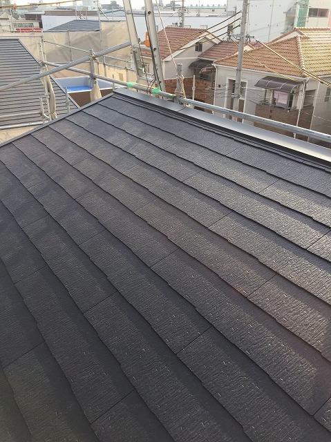 大和郡山市の新築分譲住宅のカラーベスト屋根完成