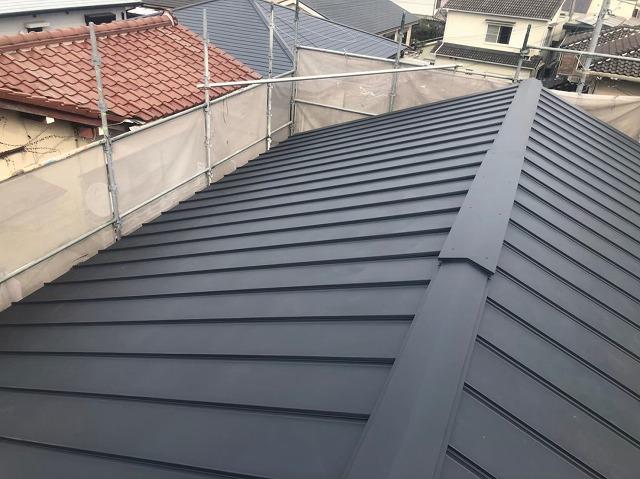 香芝市の新築住宅の屋根の棟板金