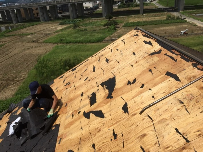 カラーベスト撤去後の屋根