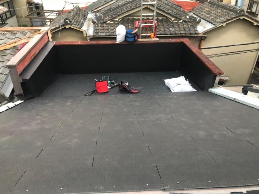 奈良市のパラペット付き屋根