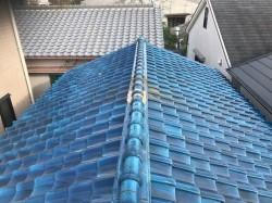 青い釉薬瓦の葺き替え