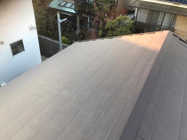スーパーガルテクトの設置で屋根完成