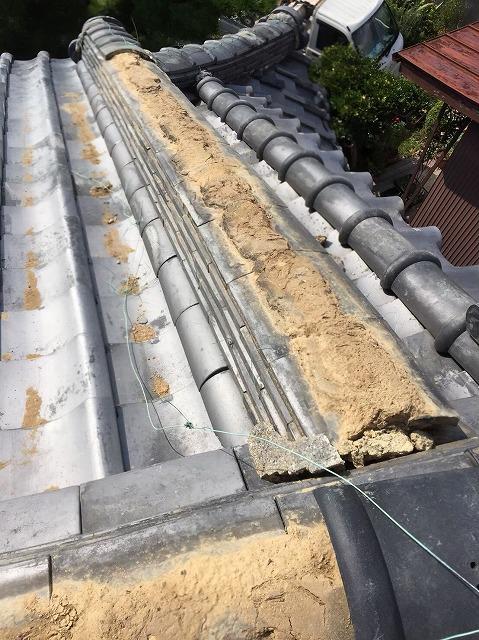 生駒市の台風被害の風切丸の補修前