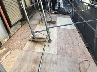 下屋野地板
