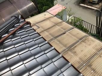 上牧町 玄関横波板屋根 施工前