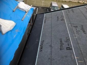 香芝市で屋根材のスーパーガルテクトを設置