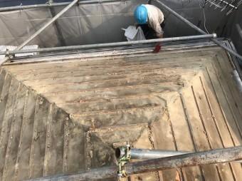 御所市の瓦屋根の瓦撤去