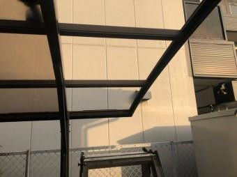 王寺町 カーポートの屋根 補修前