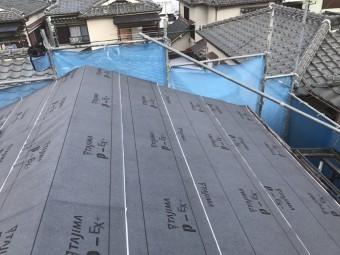 大屋根 防水紙貼り