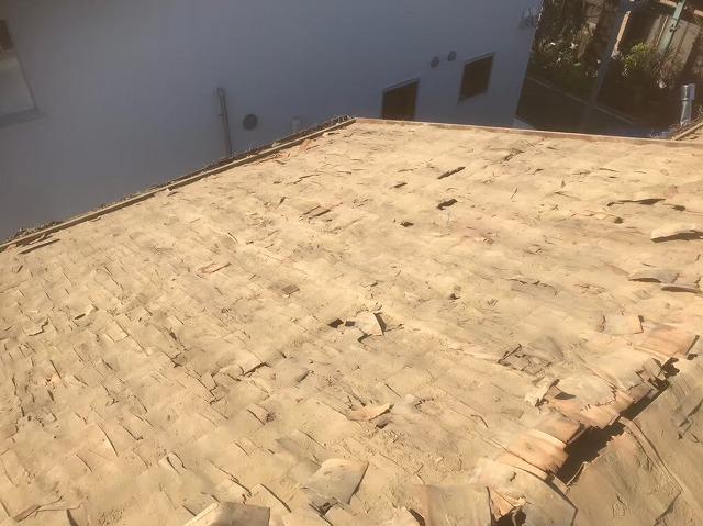 瓦と葺き土撤去後野地板