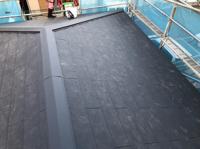 大屋根をカラーベストで葺き替え