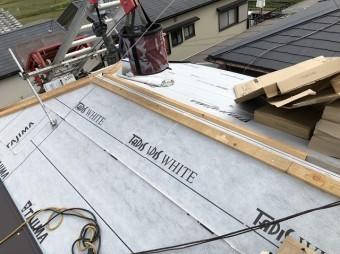橿原市 セメント瓦屋根 貫板設置