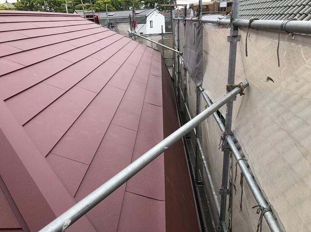 斑鳩町でスーパーガルテクト屋根が完成