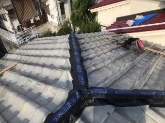 葛城市 雨漏りの瓦屋根 ハイロールを施工