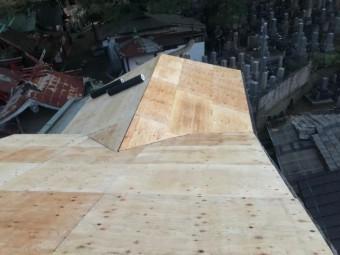 奈良市の老朽化した和瓦屋根の増し張り