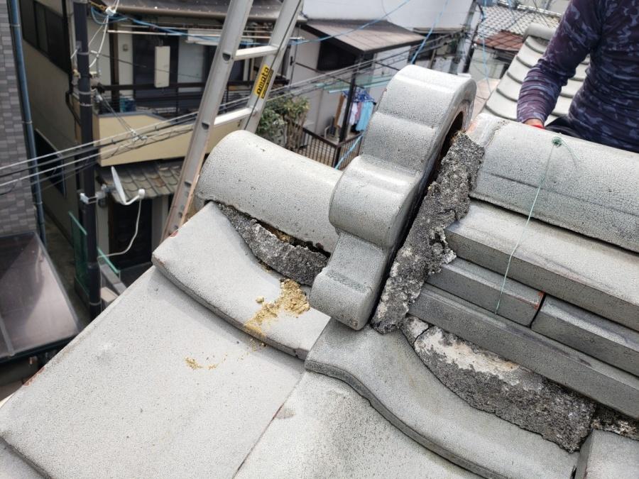 大阪市内の住宅の棟瓦の漆喰
