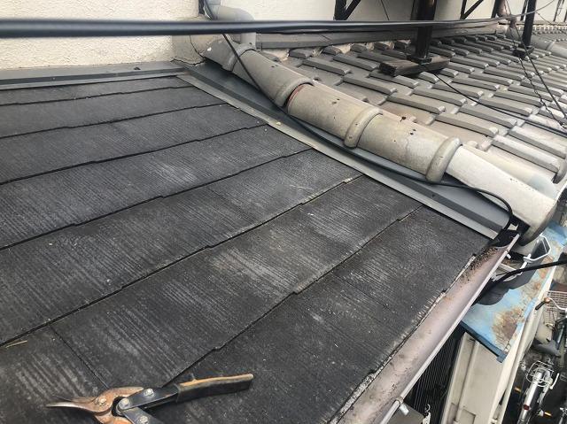 スレート下屋のカバー工法