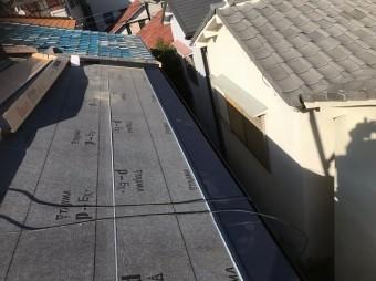 奈良市でガルテクトへ葺き替え工事中